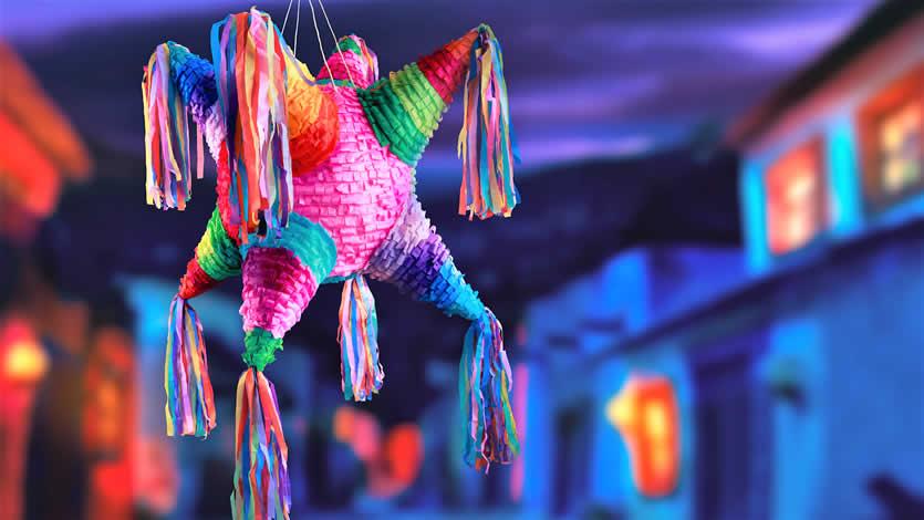 DIY Christmas Mexican Mini-Piñatas